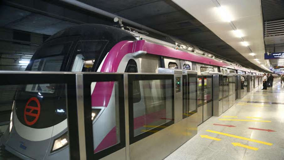 Northeast Delhi violence: 5 metro stations on Pink Line closed- India TV Hindi