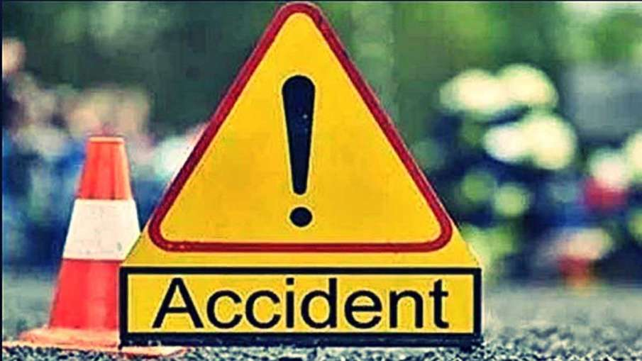 Nine dead, five injured as passenger vehicle falls into gorge in Jammu and Kashmir's Kathua- India TV Hindi