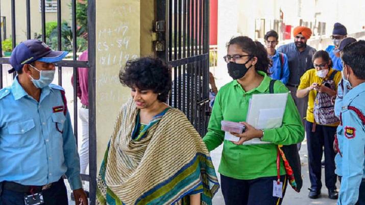 दिल्ली में कोरोना वायरस से संक्रमित 14 मामले, दो हो चुके हैं डिस्चार्ज- India TV Hindi