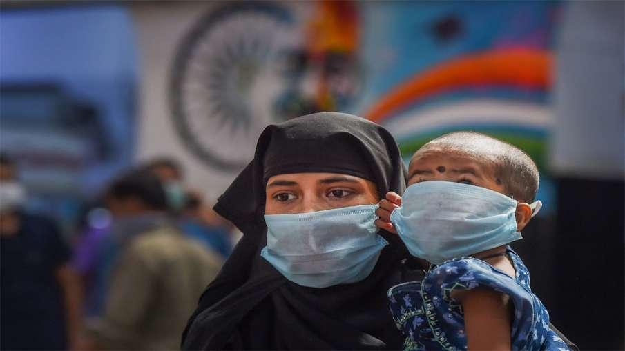 Chennai: Passengers wearing masks in the wake of...- India TV Hindi