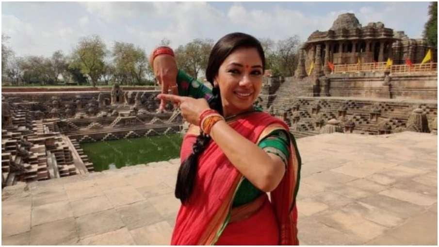 roopali gangooli in surya temple- India TV Hindi