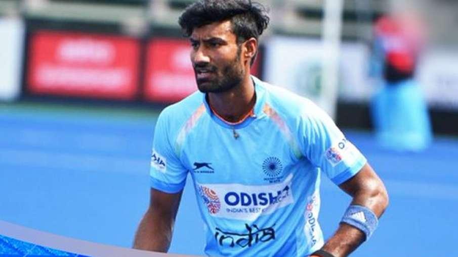 Indian Hockey Player Surender Kumar- India TV Hindi