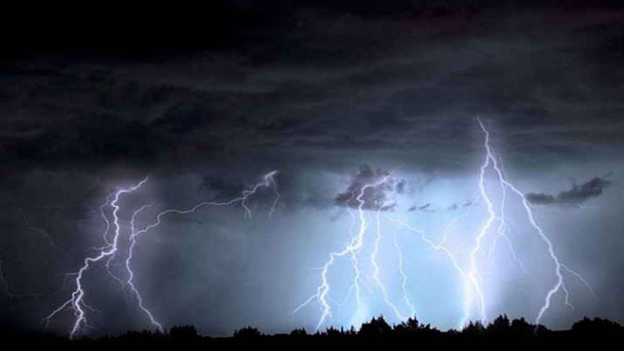 28 people died in various accidents as a result of thunderstorms and rain- India TV Hindi