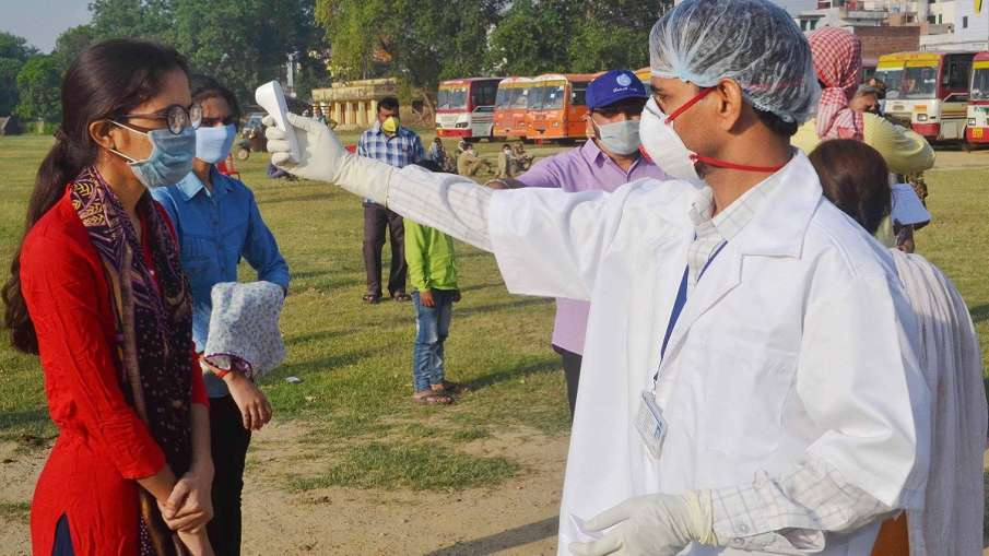 नोएडा से आई 'गुड न्यूज', कोरोना के करीब 60 प्रतिशत मरीज हुए ठीक- India TV Hindi