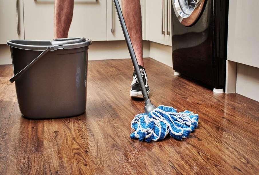 Cleaning Floor- India TV Hindi