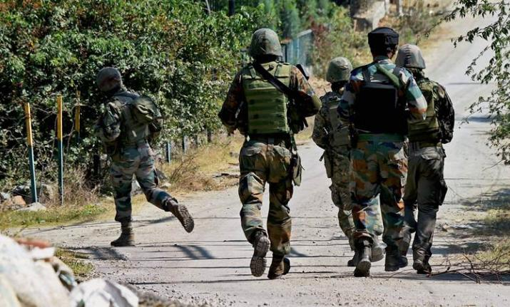 Encounter breaks out between security forces and militants in south Kashmir - India TV Hindi