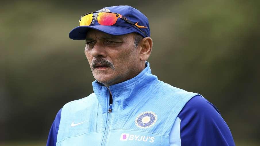 टीम इंडिया के कोच रवि...- India TV Hindi