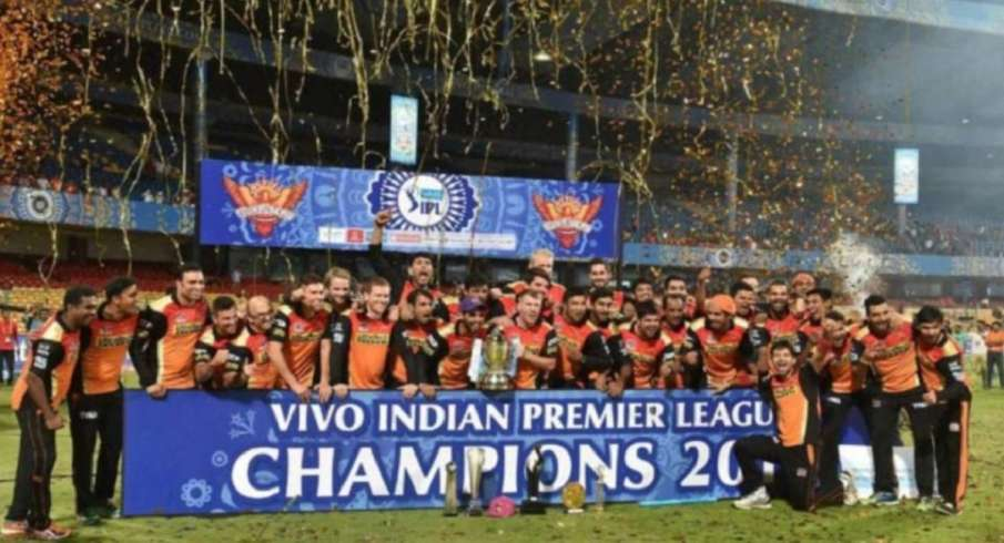 this day that year, on this day, ipl, indian premier league, RCB vs SRH, David Warner vs Virat Kohli- India TV Hindi