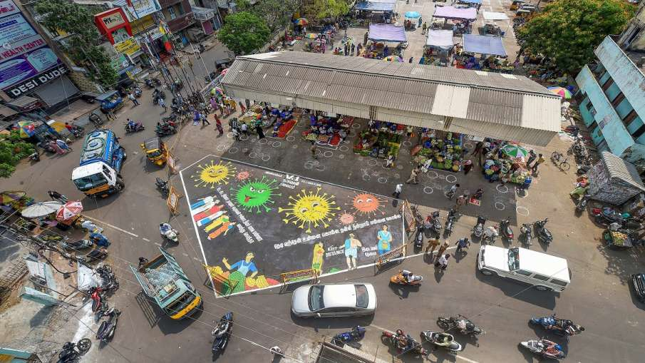 Tamil Nadu extends coronavirus lockdown till June 30, allows partial resumption of public transport- India TV Hindi
