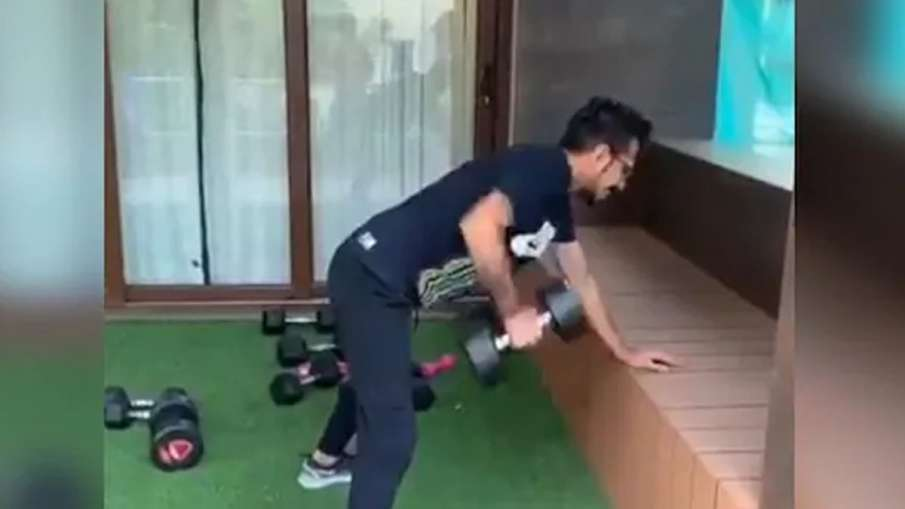 Yuvraj Singh trolls Yuzvendra Chahal while doing workout, calling him 'Rat', got this answer - India TV Hindi