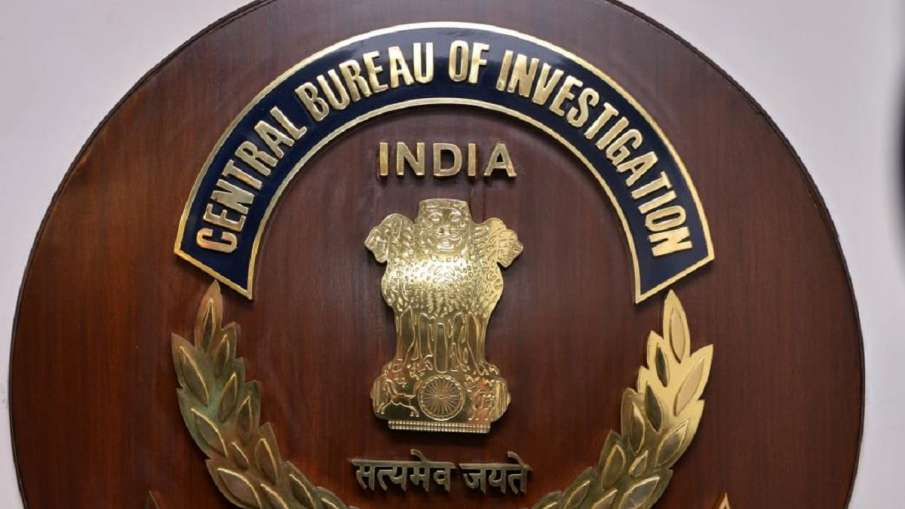 Delhi: CBI conducts searches in a bank fraud case relating t0 398.35 crore- India TV Hindi