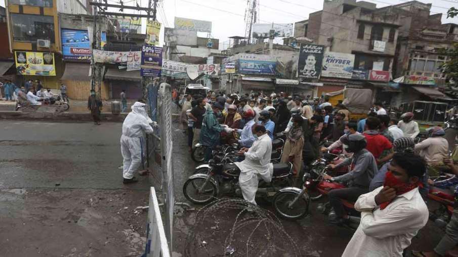 Pakistan coronavirus, UAE, suspends, all flights, Pakistan- India TV Hindi