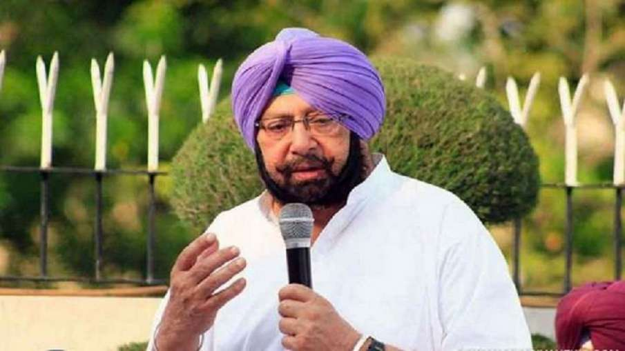 अमरिंदर सिंह, SAD, एसजीपीसी ने पाकिस्तान में गुरुद्वारे को मस्जिद में बदलने के प्रयासों की निंदा की - India TV Hindi