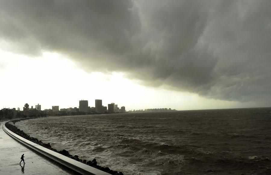 Mumbai High Tide- India TV Hindi