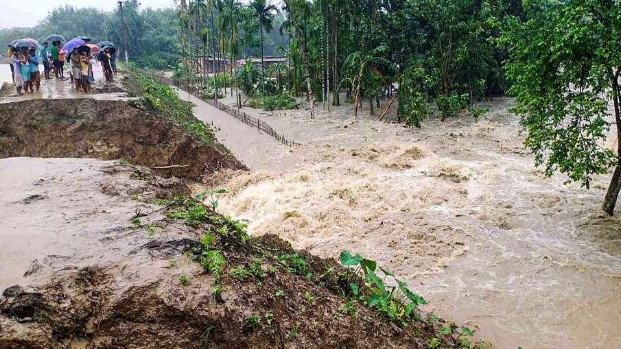 असम में बाढ़ से छह लाख से अधिक लोग प्रभावित, दो और लोगों की मौत- India TV Hindi