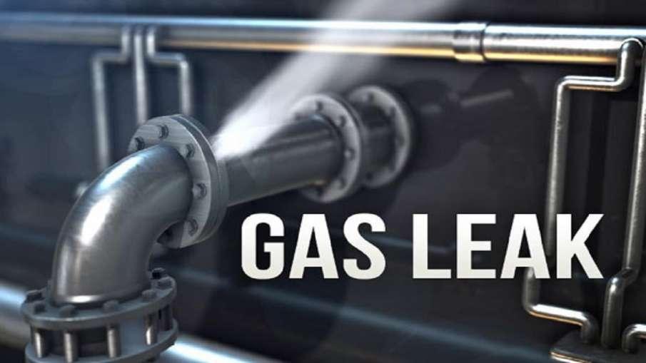 Gas Leak in Ghaziabad Delhi Meerut highway- India TV Hindi
