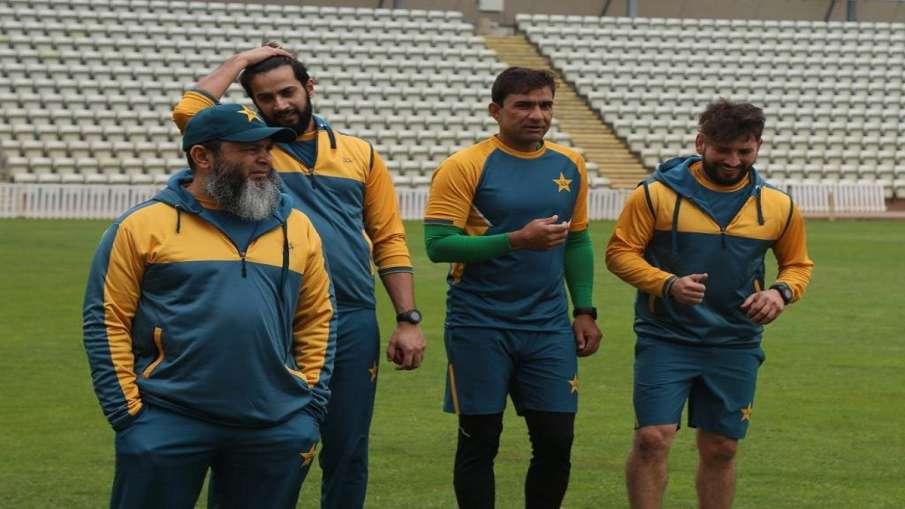 कोरोना टेस्ट में पास...- India TV Hindi