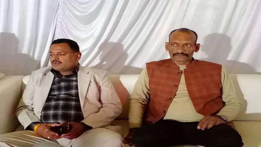 ठाणे में पकड़ा गया...- India TV Hindi