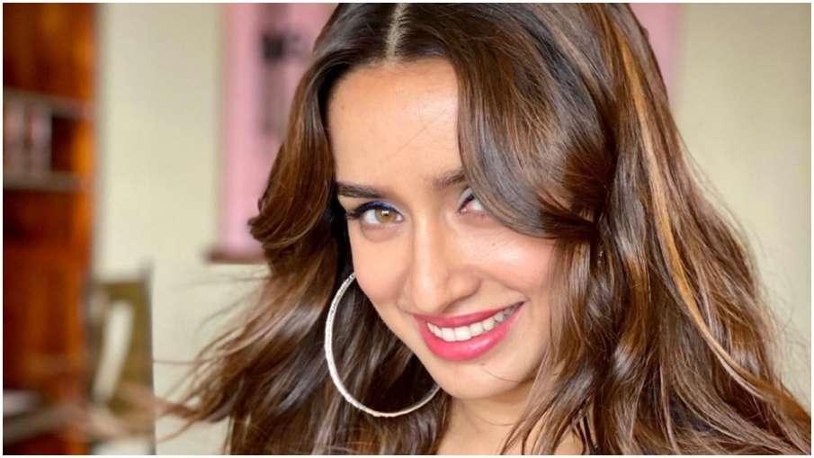 श्रद्धा कपूर ने इंस्टाग्राम पर वीडियो और तस्वीरें शेयर कर बताया कैसे करें नेचर की देखभाल- India TV Hindi