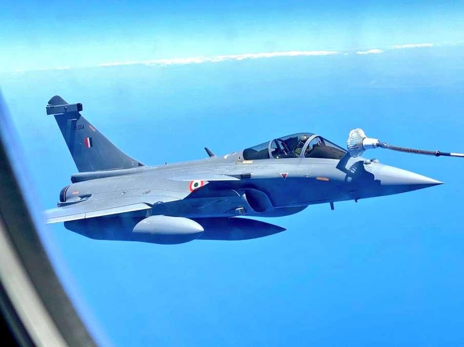 rafale kashmir's hilal ahmeda rather is first rafale pilot indian airforce । Kashmir के हिलाल अहमद र- India TV Hindi