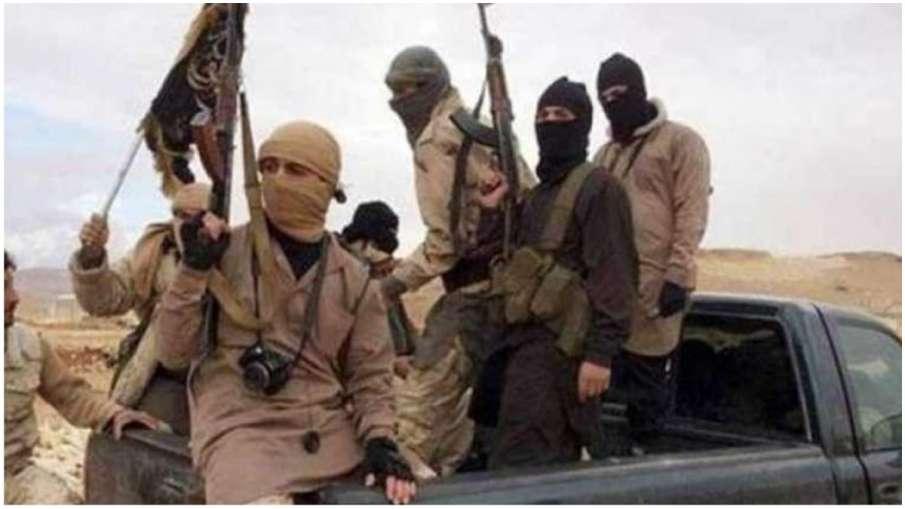 पाकिस्तान: तेल कंपनी के काफिले पर आतंकवादी हमला, 14 लोगों की मौत- India TV Hindi
