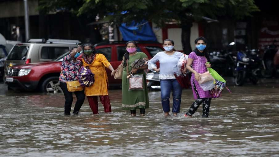Season's heaviest showers in Delhi; country braces for more rain in next 2-3 days- India TV Hindi