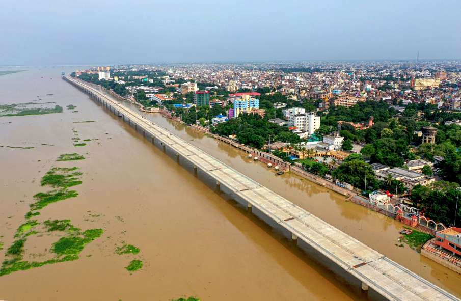 Flood situation in Bihar grim as water level in Ganga rises- India TV Hindi
