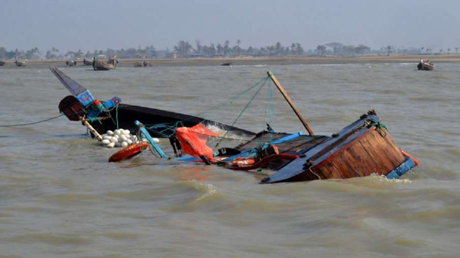 27 dead after migrant boat capsizes off West African coast - India TV Hindi