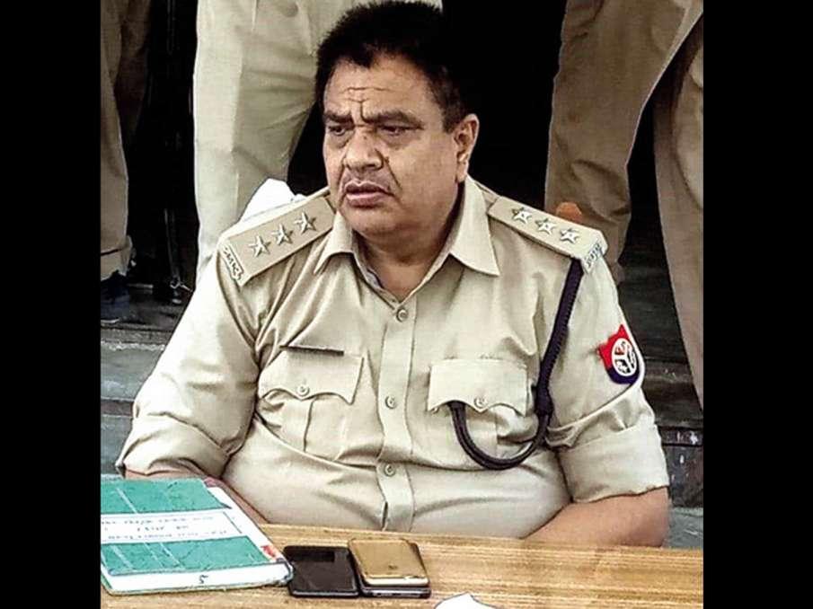 Bikru ambush: Audio clip hints SO Vinay Tiwari forced martyr CO Devendra Mishra to lead police raid - India TV Hindi