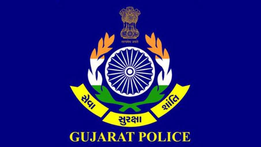 गुजरात पुलिस महकमे में बड़ा फेरबदल, 74 IPS अधिकारियों के तबादले- India TV Hindi