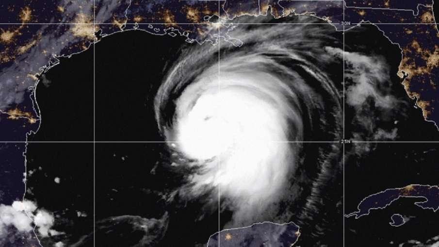 अमेरिका पहुंचा Hurricane Laura: चार लोगों की मौत, बड़े पैमाने पर नुकसान- India TV Hindi