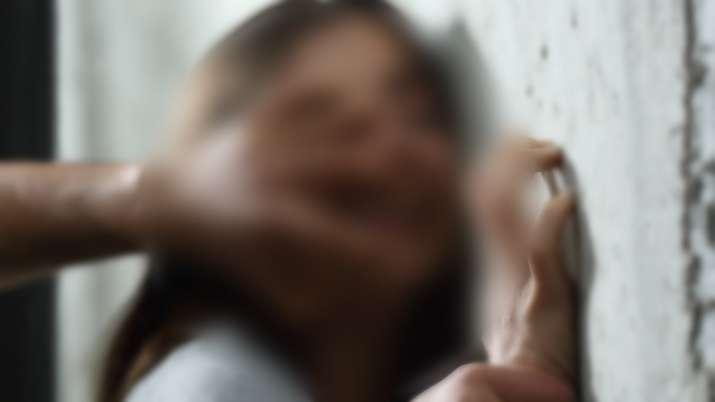 UP में 13 साल की बच्ची के...- India TV Hindi