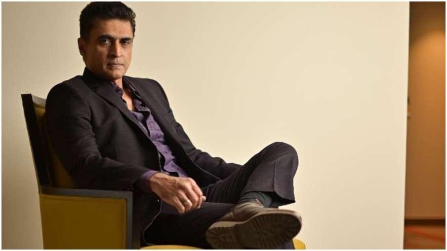 मोहनीश बहल- India TV Hindi