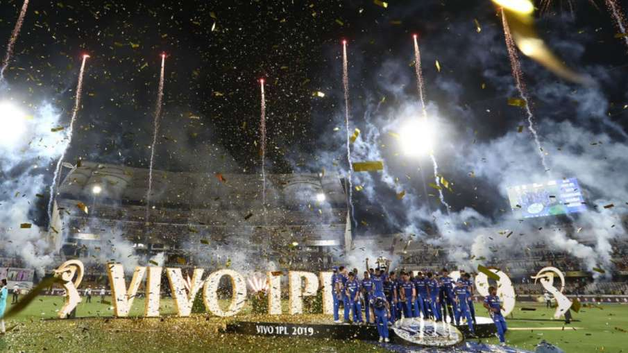 IPL स्पॉन्सर की रेस में...- India TV Hindi