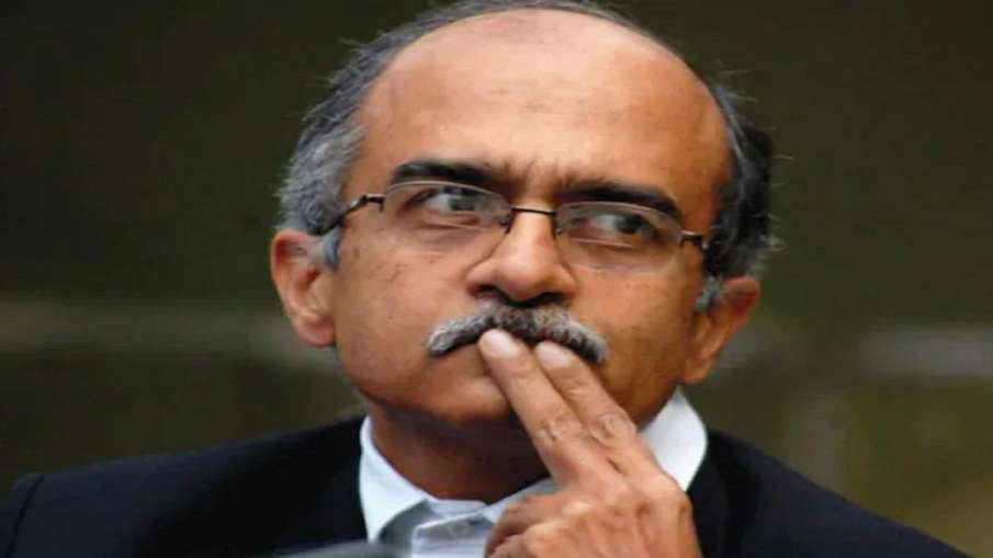 Prashant Bhushan convicted in contempt of court case- India TV Hindi