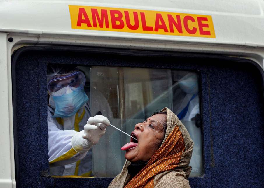 Coronavirus cases in uttar pradesh update active cases more than 52 thousand । यूपी में मिले 5447 नए- India TV Hindi