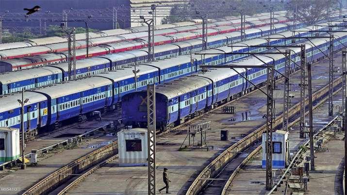 railway suspends all regular passenger and suburban train services indefinitely । रेलवे ने सभी नियमि- India TV Hindi
