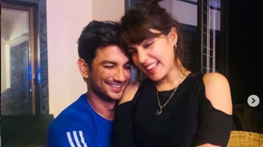 sushant singh rajput and rhea chakraborty- India TV Hindi