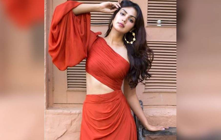 rhea chakraborty cbi interrogation- India TV Hindi