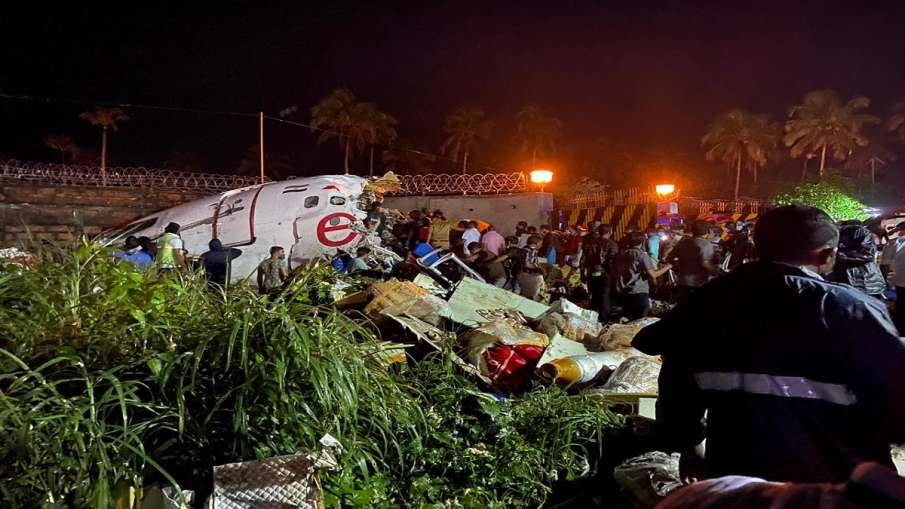 Kozhikode plane crash photo- India TV Hindi