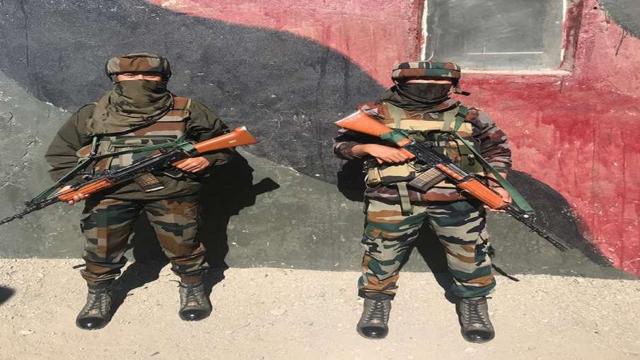 Women security personnel deployed in Kashmir- India TV Hindi