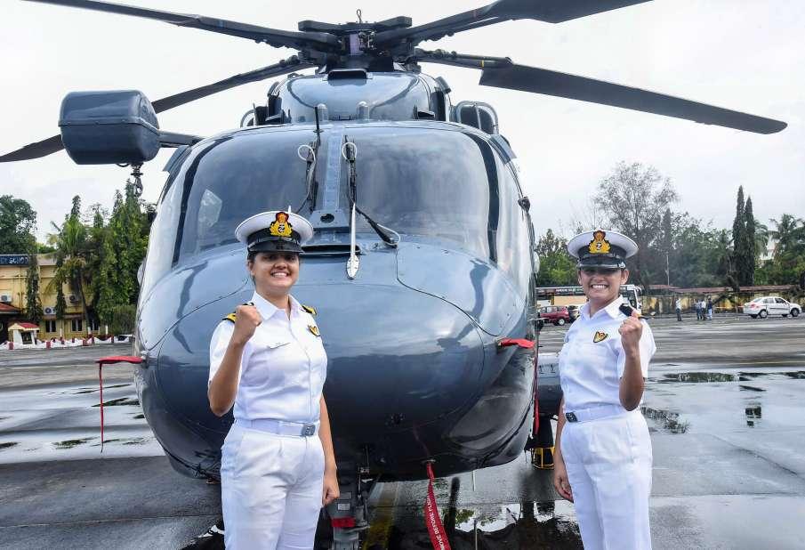 2 women officers sub lieutenants kumudini tyagi and riti singh to join crew of frontline indian navy- India TV Hindi