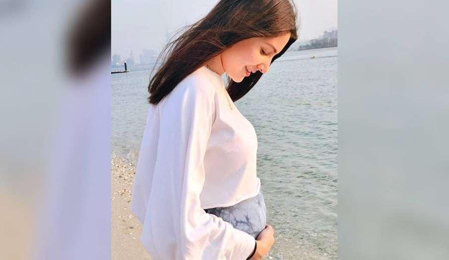 anushka sharma new pic with baby bump- India TV Hindi