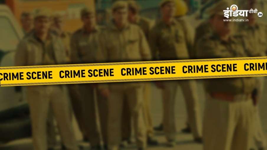 man kills father in gazipur  । बेटे ने की पिता की हत्या, गड्ढा खोदकर घर में ही दफनाया, वजह जानकार चौ- India TV Hindi