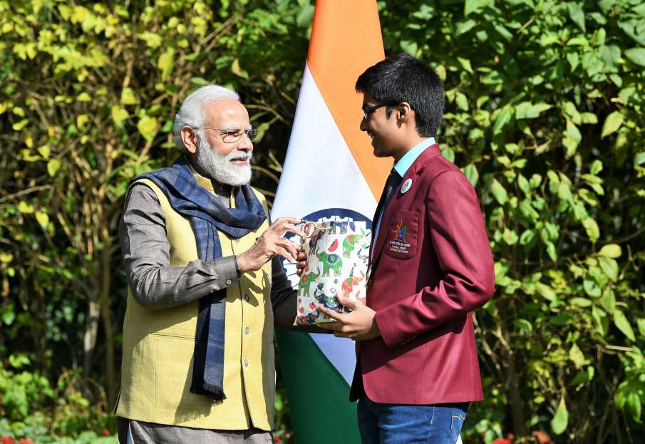 chirag phalore of pune secured 12th rank in JEE, also...- India TV Hindi