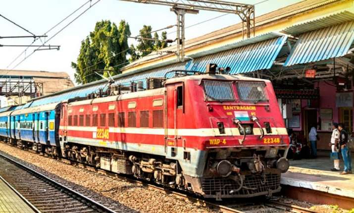 Indian Railways 20 pairs of clone trains running from...- India TV Hindi