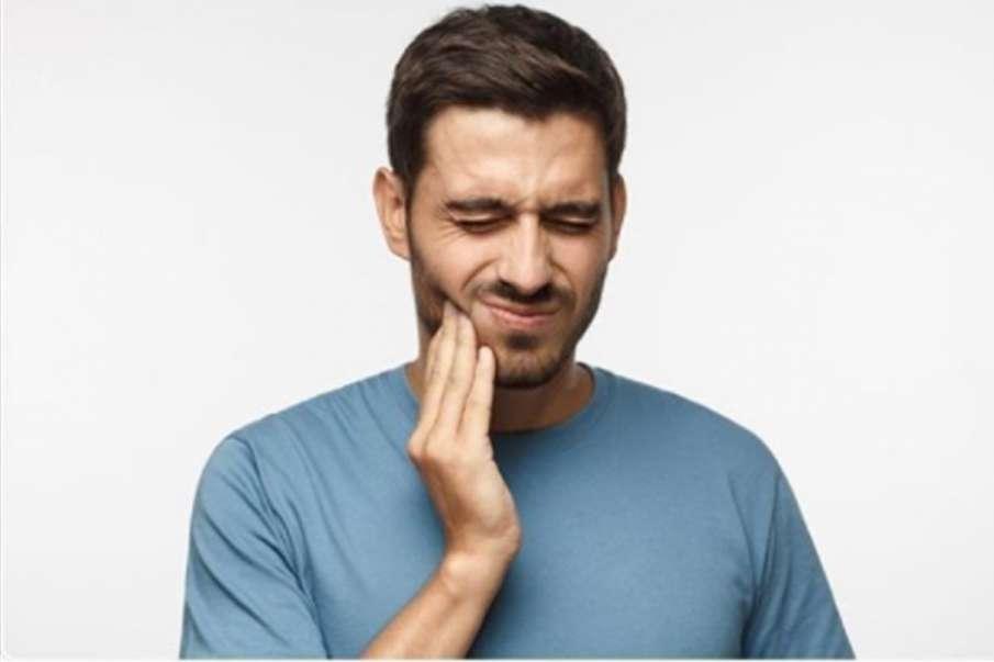 दांतों की झनझनाहट से छुटकारा पाने के घरेलू नुस्खे- India TV Hindi