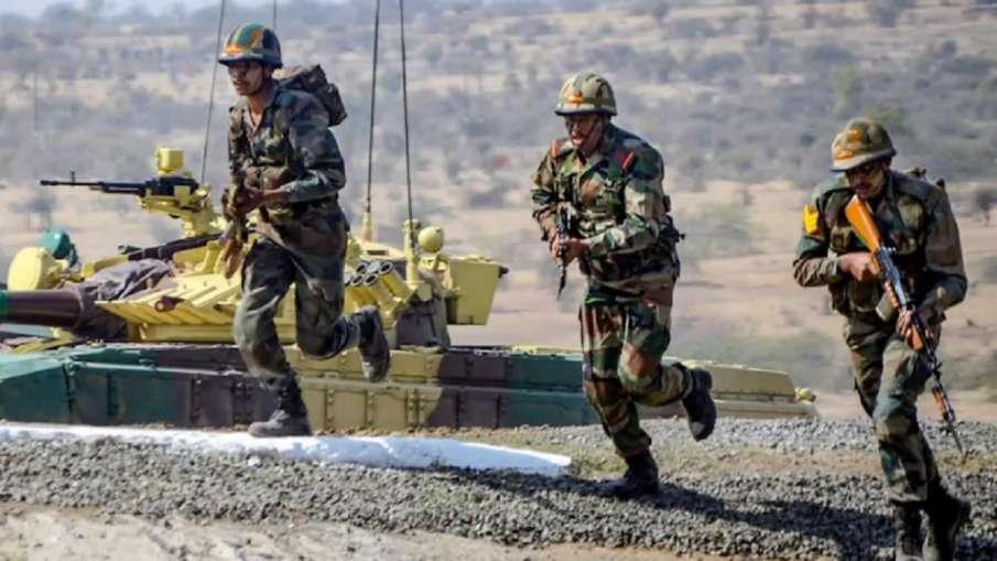 सेना को मिलेगी नई कम्युनिकेशन टेक्नोलॉजी- India TV Hindi