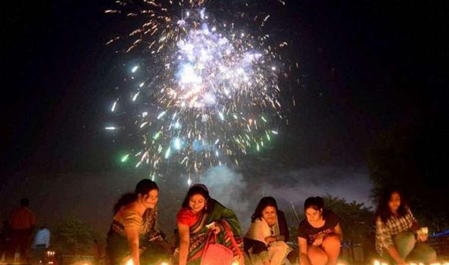 No firecracker ban in MP but avoid Chinese made: Shivraj Singh Chouhan- India TV Hindi