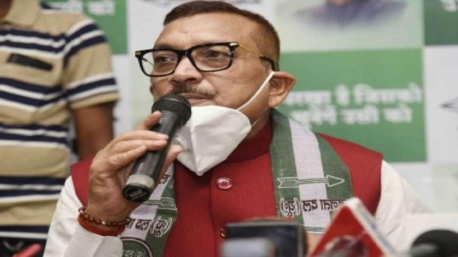 """बिहार: टिकट नहीं मिलने पर गुप्तेश्वर पांडे बोले, """"पार्टी तय करे अब मैं क्या करूं""""- India TV Hindi"""